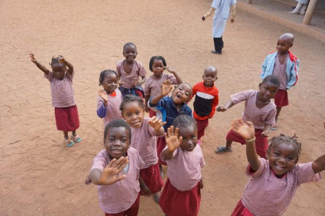 Kindergruppe in Mosambik
