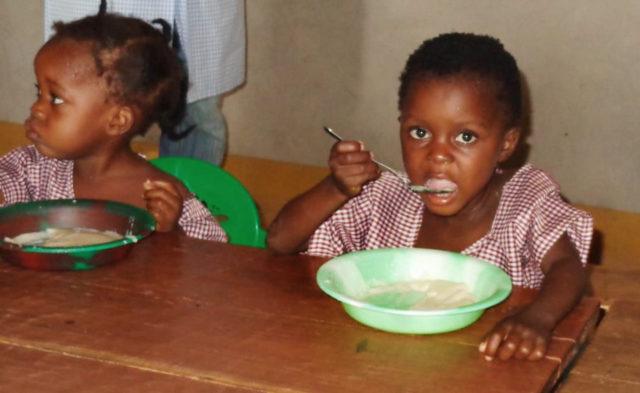 Frühstück im Kindergarten. (Foto: SMMP/Lehmeier)
